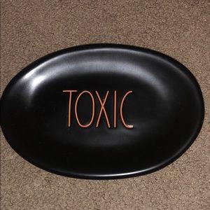 Rae Dunn Halloween Toxic Plate Black LL